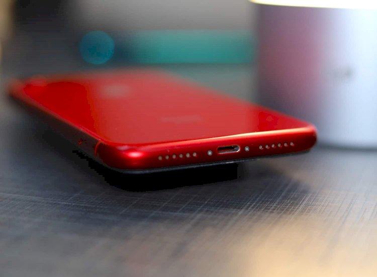 iPhone Şarj Girişi Nasıl Temizlenir ?