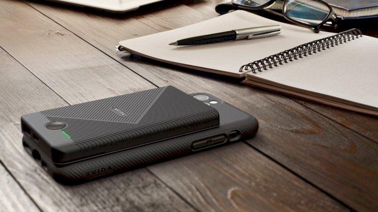 Xvida'nın parlak pil paketi iPhone'u her yerden kablosuz olarak şarj etmenizi sağlar