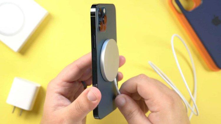 iPhone 12'de MagSafe Şarj Cihazı Nasıl Kullanılır?